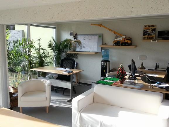 betonové moduly jako kancelář